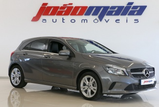 Mercedes-Benz A 180d Urban  (GPS) (23.370 Kms)