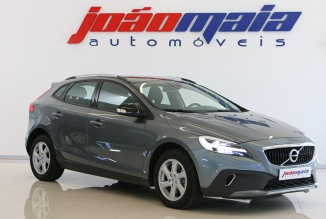 Volvo V40 Cross Country D3 150 Cv (GPS/LEDs) (21.000 KMS)