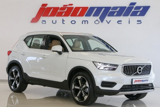 Volvo XC40 2.0 D3 150Cv Inscription (GPS/LED/Câmara/Pele/JLL 20'' ) (100 KMS)