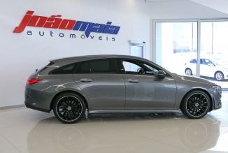 Mercedes-Benz CLA 180d Shooting Brake AMG 116Cv Pack Premium Auto (GPS/LED/Câmara/JLL 19'') (11 KMS)