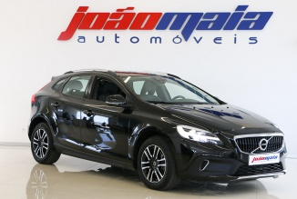 Volvo V40 Cross Country Plus D3 Geartronic 150 Cv Auto (GPS/LEDs) (27.194 KMS)