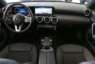 Mercedes-Benz CLA Shooting Brake 180d Progressive 116Cv Auto (GPS/LEDs/Câmara) (12.688 KMS)