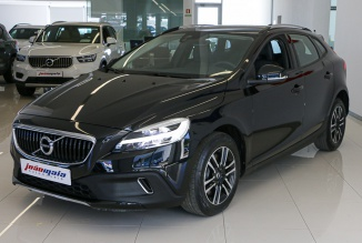 Volvo V40 Cross Country Plus D3 150 Cv (LEDs) (15.824 KMS)