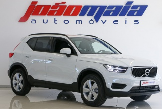 Volvo XC40 T3 Geartronic Momentum Core Auto 163Cv (FULL LED/CAM/GPS) (3.700 KMS)