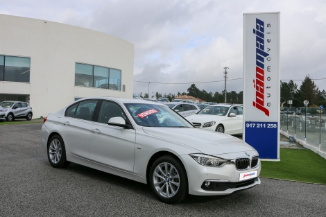 BMW 320d Line Luxury Auto de 2017